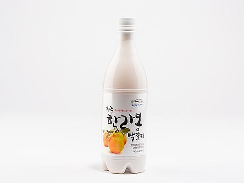 Hallabong makgeolli using Jeju citrus but not made on Jeju island