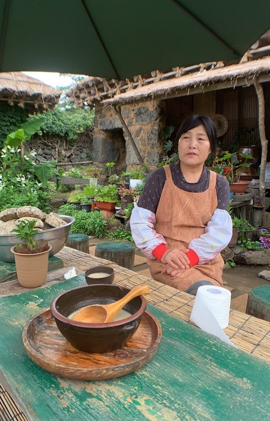 Taste hand crafted makgeolli made from millet by a Master