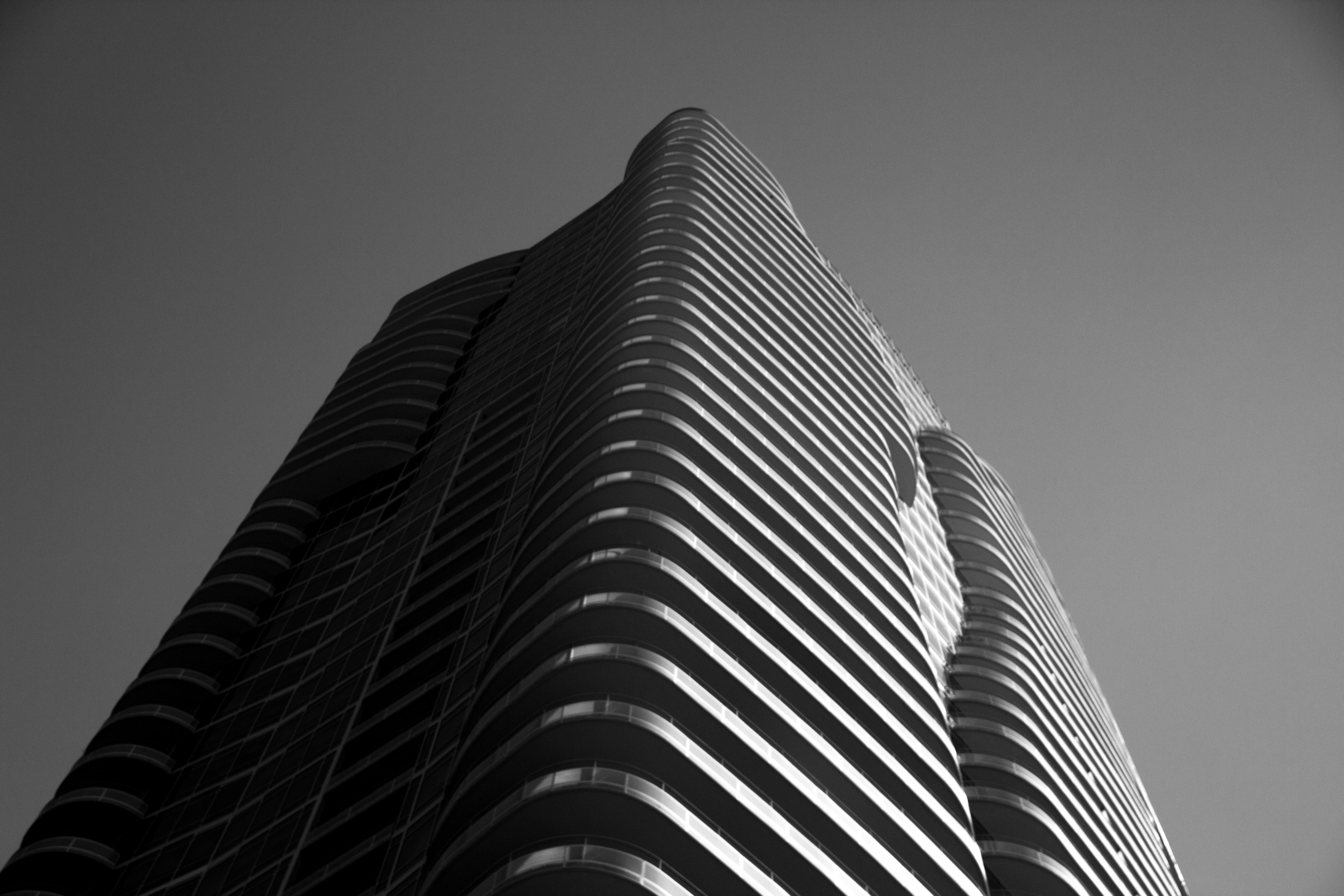 B&W Building 2