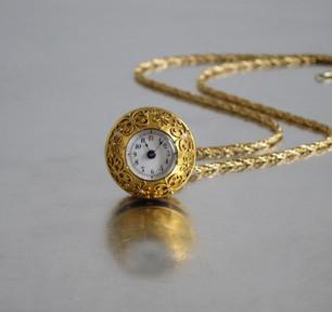 Anhänger Uhr Gold