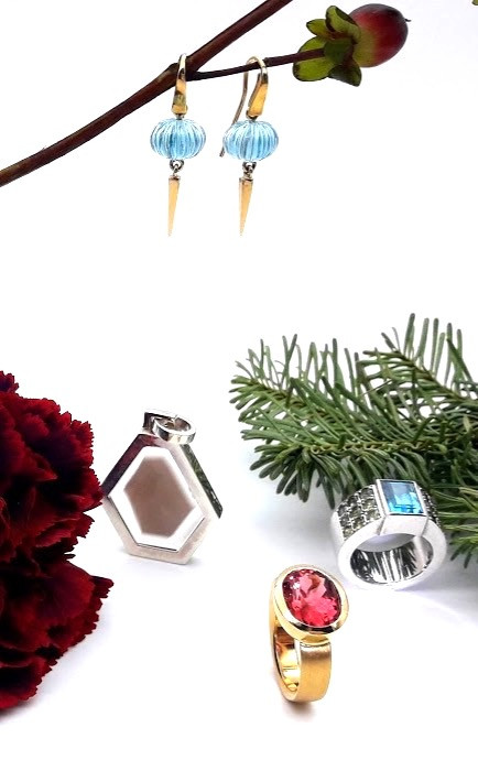Schmuck Geschenke 2019 Ohrringe Ringe Kette Gelbgold Brillanten Originelle Geschenke Luxus Geschenke Personalisierte Geschenke