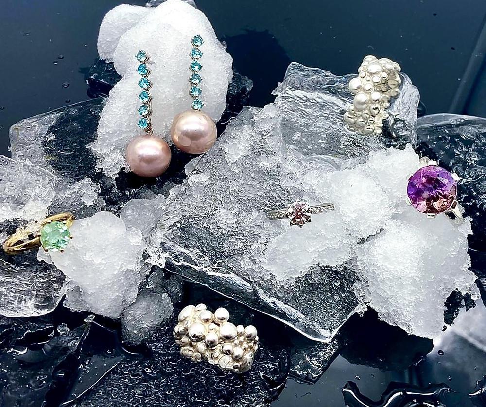 Schmuck Geschenke 2020 Ohrringe Ringe Kette Gelbgold Brillanten Originelle Geschenke Luxus Geschenke Personalisierte Geschenke