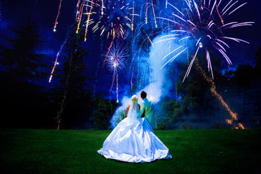 wedding pictures of fireworks