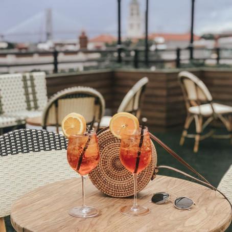 TravelAnne Video Favorite   Cocktails to Go in Savannah!