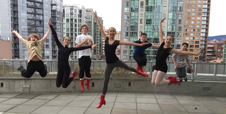 Dovbush School rehearsing at The Dance Centre