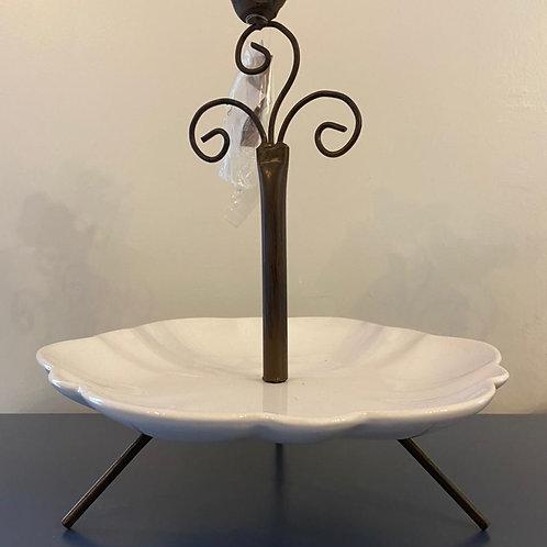 Prato de cerâmica com base de ferro