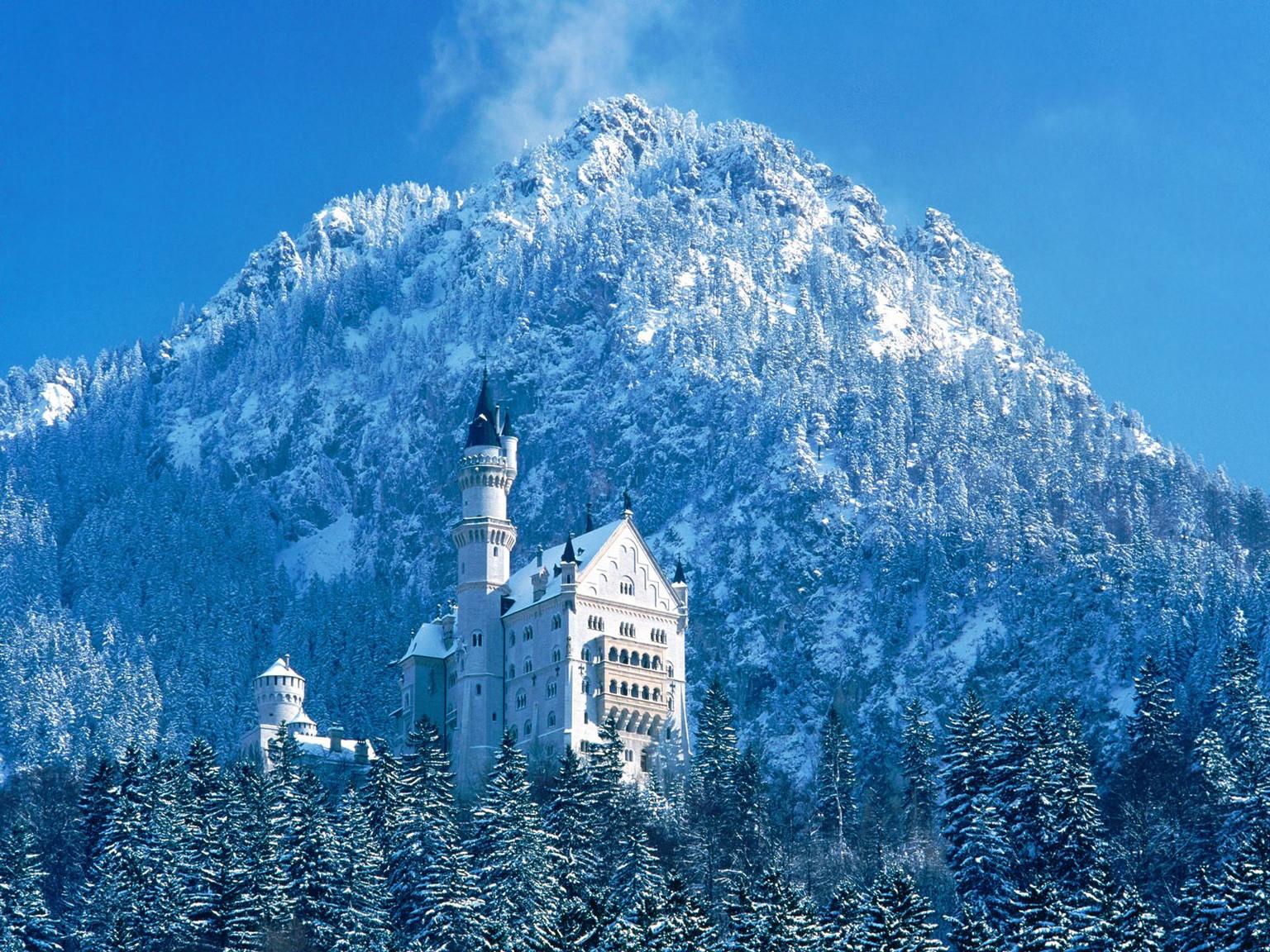 ws_Tall_winter_castle_1600x1200.jpg