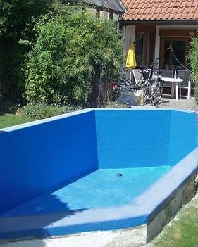 schwimmsani (1).jpg