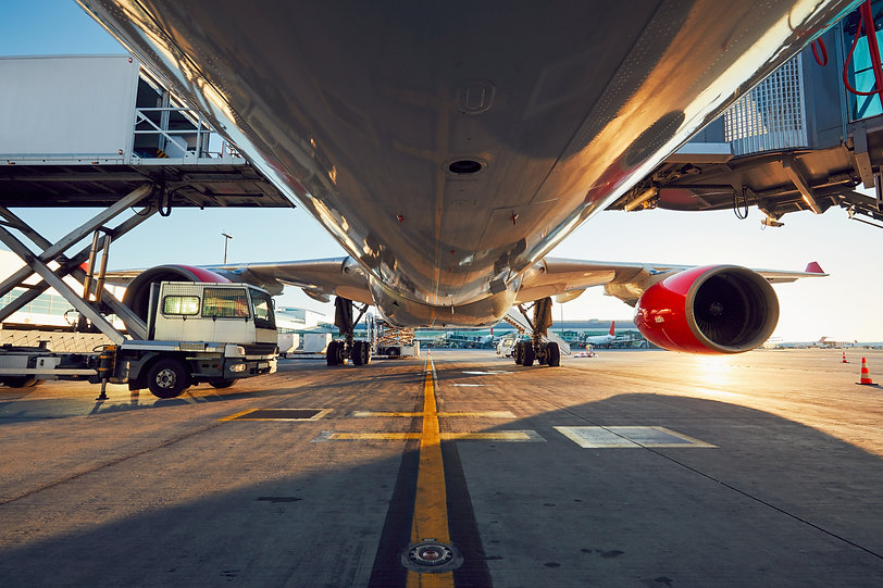 low-angle-view-of-the-airplane-PJPCVY2.j
