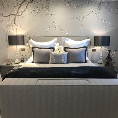 Triplex Apartment, Kensington