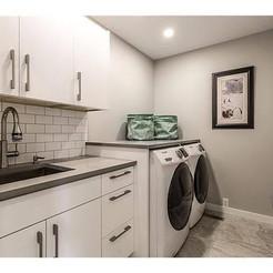 Canyon Maedows Laundry Room