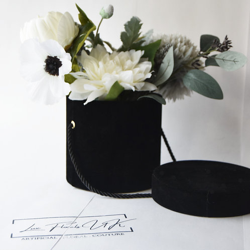hat-box-flowers-flower-box-delivery-flowers-in-a-box-uk-the-augustine-1