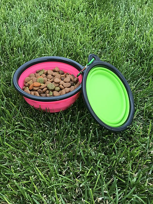 Collapsible Pet Bowls (color picked at random)