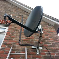 satellite-dish-installation