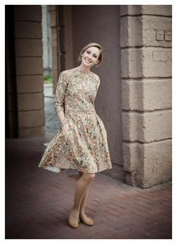 Satininė medvilnės suknelė