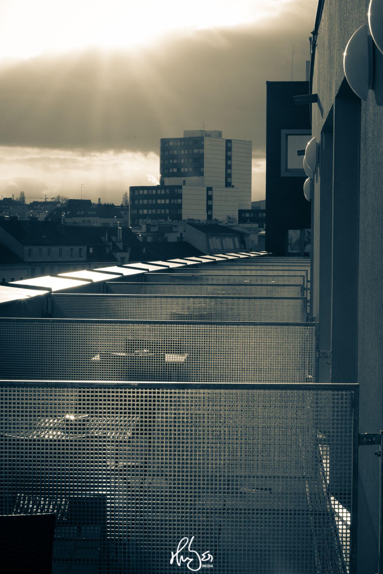 HUBER Media | Kalte Architektur