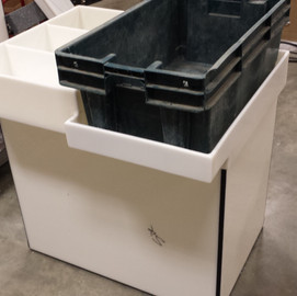 Modifide fish tote tray