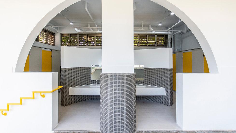 黎明廁所.jpg