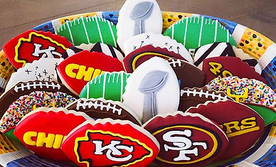 Happy Super Bowl Sunday!! 🏈 Who's your