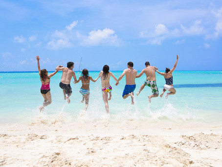 7 Reasons Why Group Travel is Best!