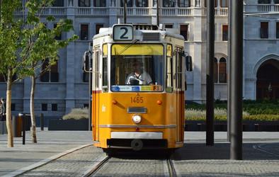 budapest-854618_1920.jpg