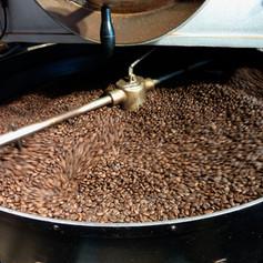 coffee-beans-1369780_1920.jpg