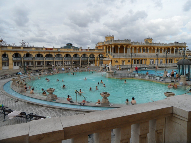 3 AWESOME EXPERIENCES TO HAVE IN BUDAPEST