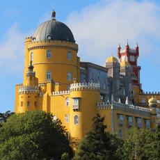 palace-1453029_1920.jpg