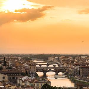 sunset-view-of-bridge-ponte-vecchio-flor