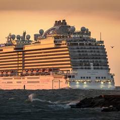 cruise-ship-3547180__340.jpg
