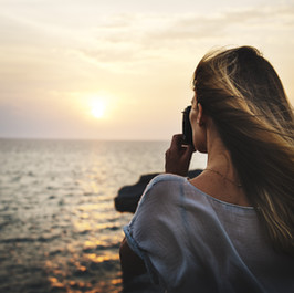 17 Solo Camera Girl.jpg