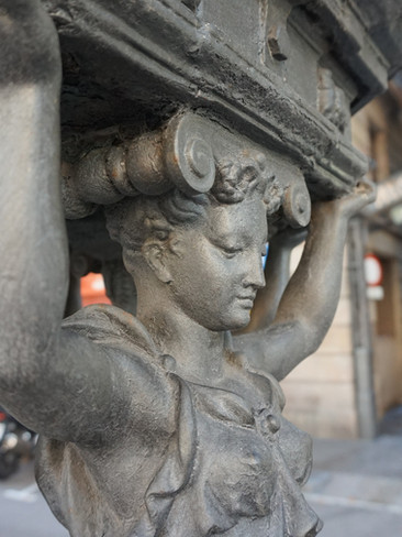 barcelona-1814316.jpg