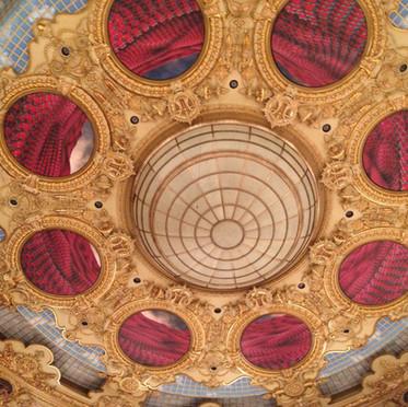 ceiling-640896.jpg