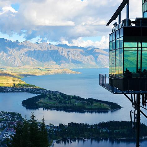 new-zealand-lake-mountain-landscape-37650.jpg