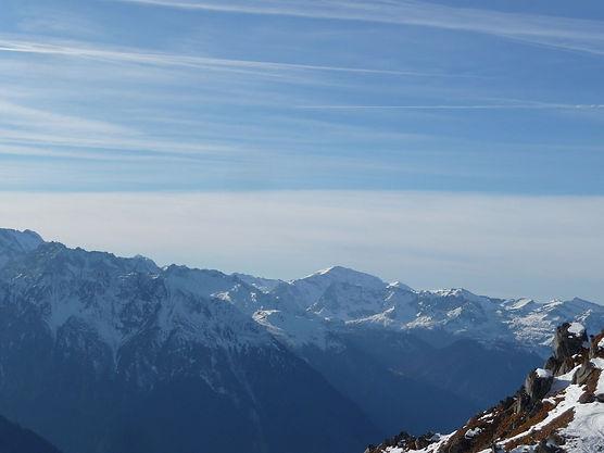 Mountains 5.jpg