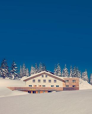 JoSchi Sporthaus klein.jpg