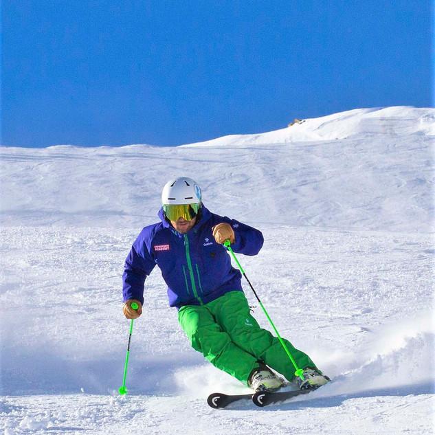 Snowsports Academy 12.jpg
