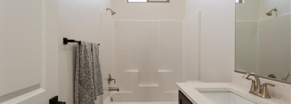 Main Floor - Bathroom 2