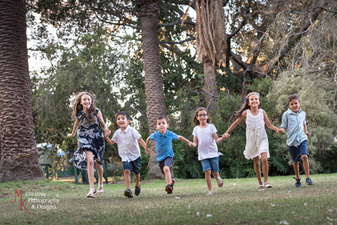 MK Photography - Extended Family Photos