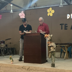 2019 Summer Trip Honduras Ron Rhodes Preaching in Castanos