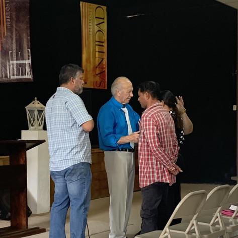 2019 Summer Trip Honduras Ron Rhodes Teaching in Yoro