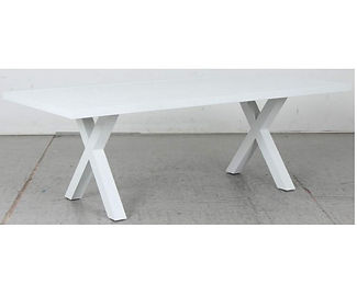 Switch Aluminium Dining Table with X Leg