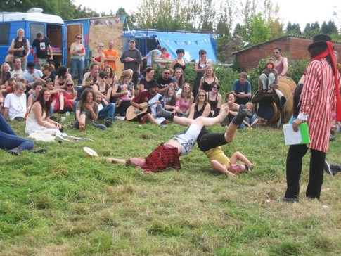 2009 69ers party leg wrestling