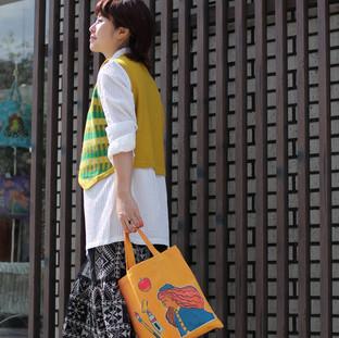 タイル柄編み込みベスト&刺繍スカート