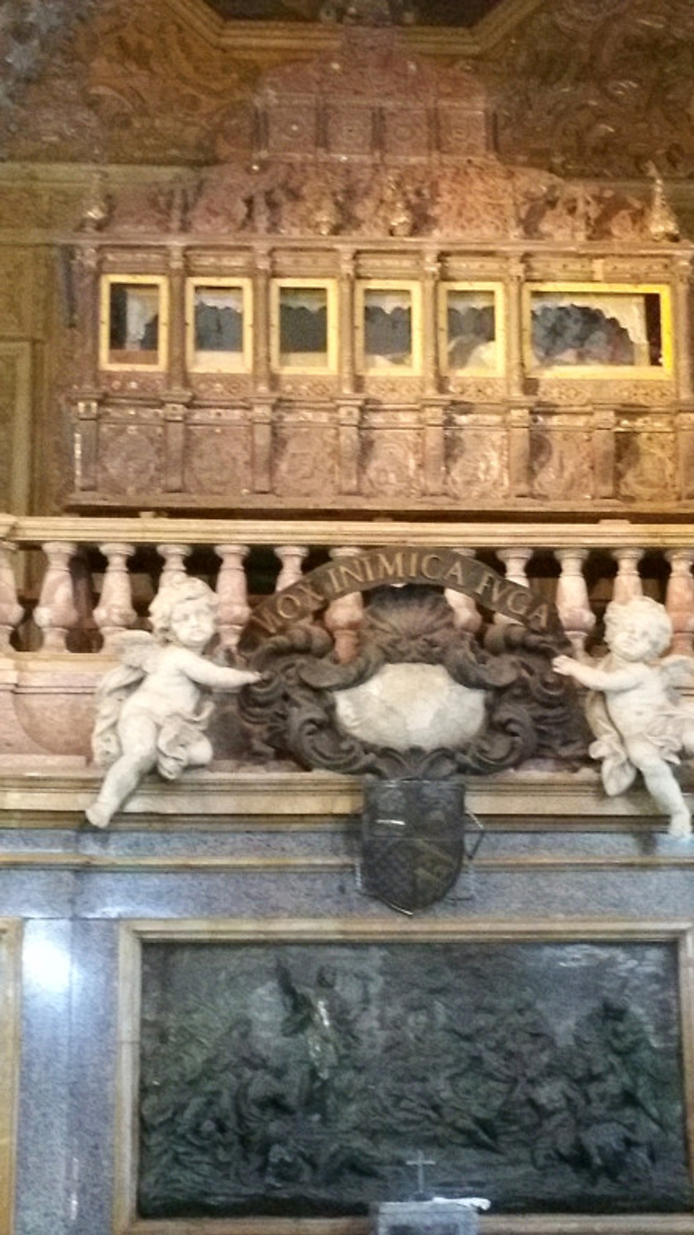 This is Francis Xavier's casket. If you look real close, you can see him through the windows!