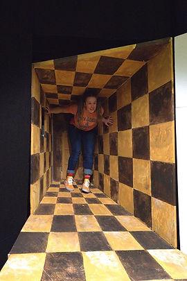 Alice i Underlandet / Stella Laine / Unga Teatern