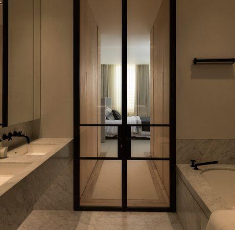 12df9cced03b48d31022ba02d10c76ee--bathrooms.jpg
