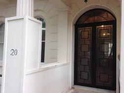 STEEL/BRONZE DOORS