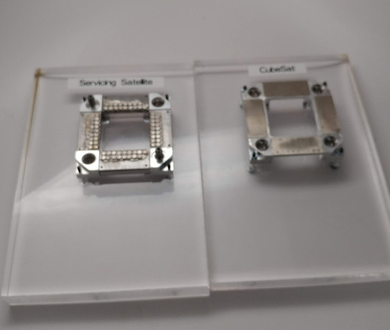 Magnetic interface test fixtures