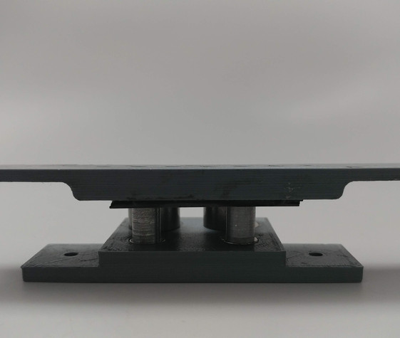 Magnetic pull-force testing fixtures